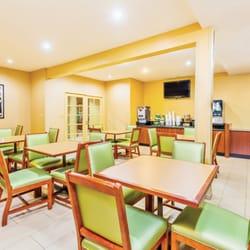 la quinta inn suites san diego old town airport hotels. Black Bedroom Furniture Sets. Home Design Ideas