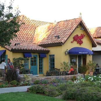 The headquarters of Mimi's Cafe is found in Irvine, California, although it used to be in Dallas, Texas. This Mimi's Cafe restaurant chain serves American and French food and their restaurants all have French-style decor and themes. The first Mimi's Cafe was opened in in Anaheim, California.