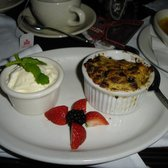 Magnolia - Hollywood, CA, États-Unis. Bread Pudding w/ Peanut Butter & Chocolate