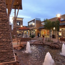 Phoenix Premium Outlets is located in Chandler, Arizona and offers 91 stores - Scroll down for Phoenix Premium Outlets outlet shopping information: store list, locations, outlet 4/4(2).