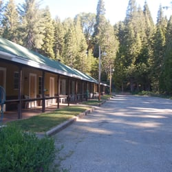 White chief mountain lodge hotels fish camp ca for Fish camp ca lodging