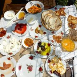"""""""Traditional Village Breakfast"""" - die…"""