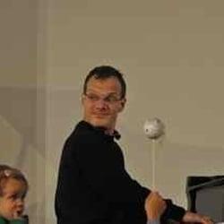 Sommerakademie für Kinder mit Lars Vogt;…