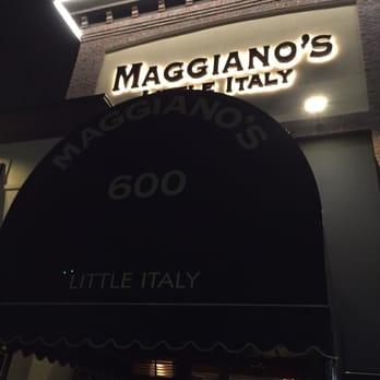 Maggiano S Little Italy 48 Photos Bars 600 Garden City Plz Garden City Ny Reviews Yelp