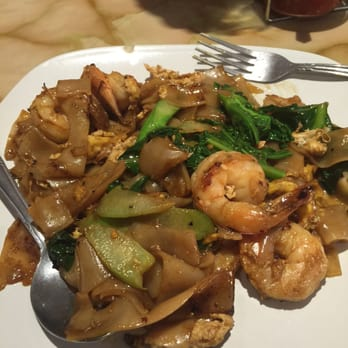Morefire thai cuisine 144 photos thai restaurants for Angel thai cuisine riverside ca