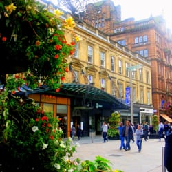 Princes Square Shopping Centre outside