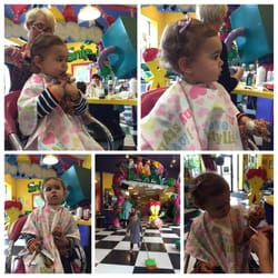 Snip-Its Haircuts For Kids - Chestnut Hill, MA, États-Unis. Thank you Lisa! What a terrific first hair cut experience!
