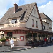 le bouche à oreille, Cabourg, Calvados