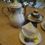 Chai Tea et religieuse au chocolat