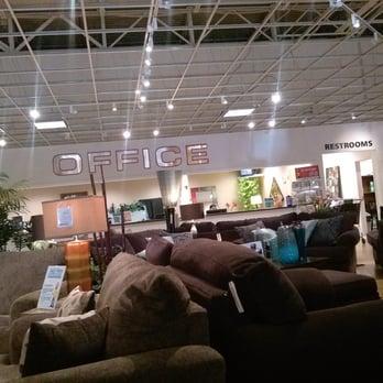 Bob's Discount Furniture 28 s & 13 Reviews