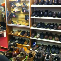 Signal Hill Shoe Stores