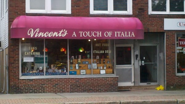 Vincent s a touch of italia norwood ma verenigde for Central motors norwood ma