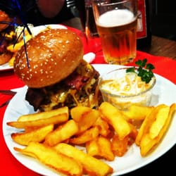 Double Three in One Burger, une double…