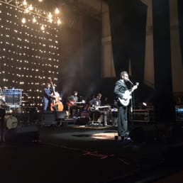 Eels playing a great show tonight!!
