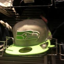 2K2BT tattoo apparel : Seattle Seahawks Mascot Jukes 49ers Fan Out