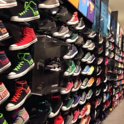 foot locker shoe stores costa mesa ca yelp
