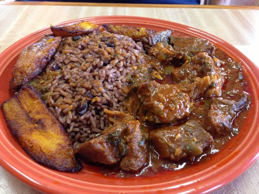 Cuban Carne Guisada - Beef Stew with cuban-style black beans and rice ...