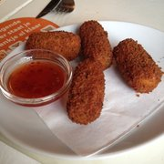 Rocket and cheese croquets