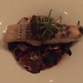 Balaboosta - New York, NY, États-Unis. Wild Striped Bass entree
