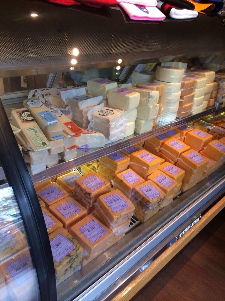 De Pere (WI) United States  city photos : Scray Cheese Shoppe De Pere, WI, United States. Even 15 year old ...