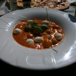 Gnocchi Sorrentina mit Babymozzarella…