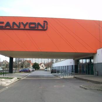 Piscine le canyon salle de sport 8 rue henri wallon for Piscine eaubonne