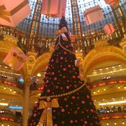 The beautiful Christmas tree in the Galeries Lafayette