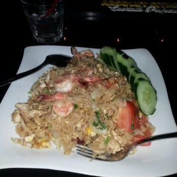 Thai angel bars 1429 makaloa st honolulu hi united for Angel thai cuisine