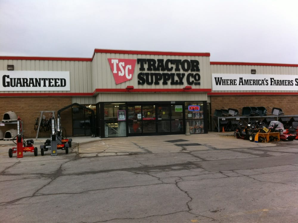Tractor Supply Hours : Tractor supply company tsc lansing ks yelp