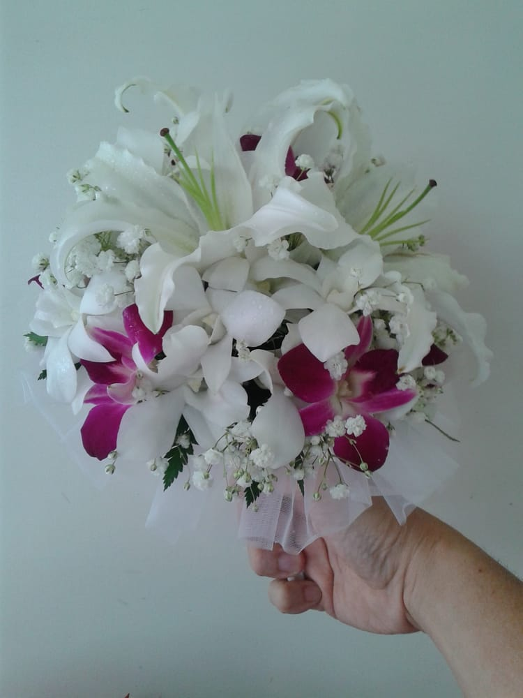 Purple And White Orchid Flowers Cindy 39 s Lei Amp Flower Shoppe Wedding Bouquet of White Lilies And Purple
