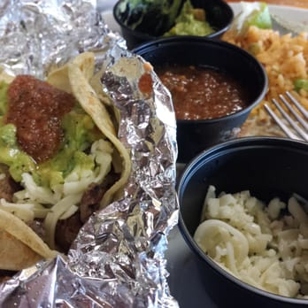 Senor burrito 76 photos 84 reviews mexican 513 ne for Senor fish menu