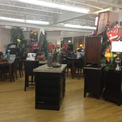 Bob S Discount Furniture 12 Photos Furniture Stores 1120 Newport Ave Attleboro Ma