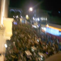 As ruas da Lapa em uma noite de…