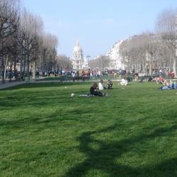 Promenade de l'Avenue de Breteuil, Paris