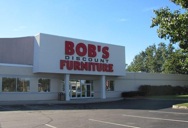 Bob s discount furniture bebissaker manchester nh for Affordable furniture florida