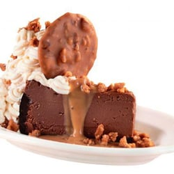 Copeland's - Chocolate Cheesecake with Praline Topping - Monroe, LA, Vereinigte Staaten