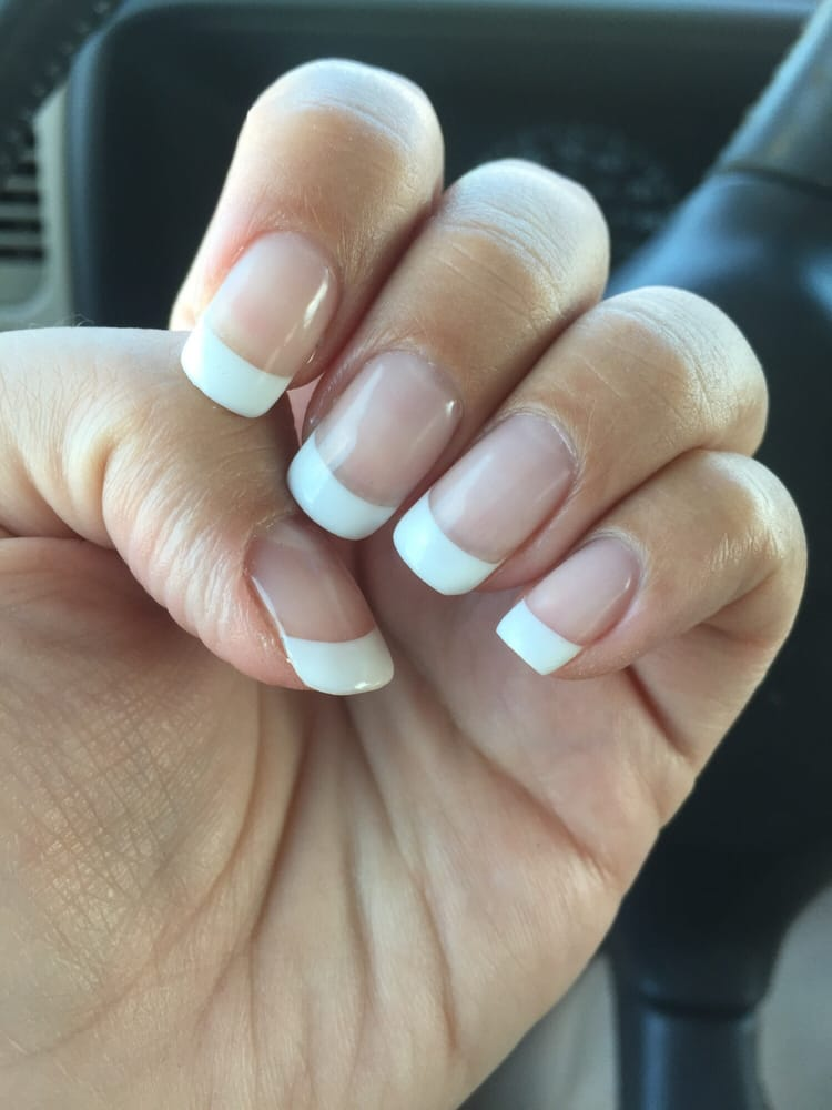 Mohegan nail spa 19 foton nagelsalonger 3310 n 108th for 108th and maple nail salon