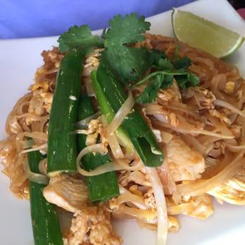 Little Thai Kitchen 36 Photos 101 Reviews Thai Restaurants 21 St Roch Ave Greenwich