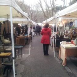 Mercato dell antiquariato mercatini delle pulci for Mercatini antiquariato 4 domenica