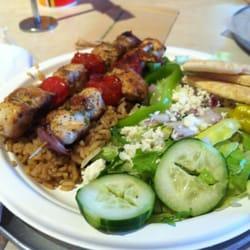 Zoës Kitchen - Chicken kabobs! - Dallas, TX, Vereinigte Staaten
