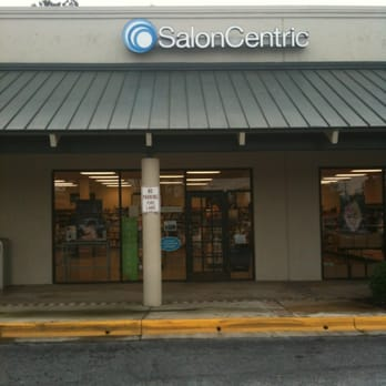 Salon Kendall provides impeccable customer service, top-notch talent. All in a comfortable, beautiful and friendly environment. We encourage potential clients to come in and meet our amazing team and tour the facility anytime during business hours.
