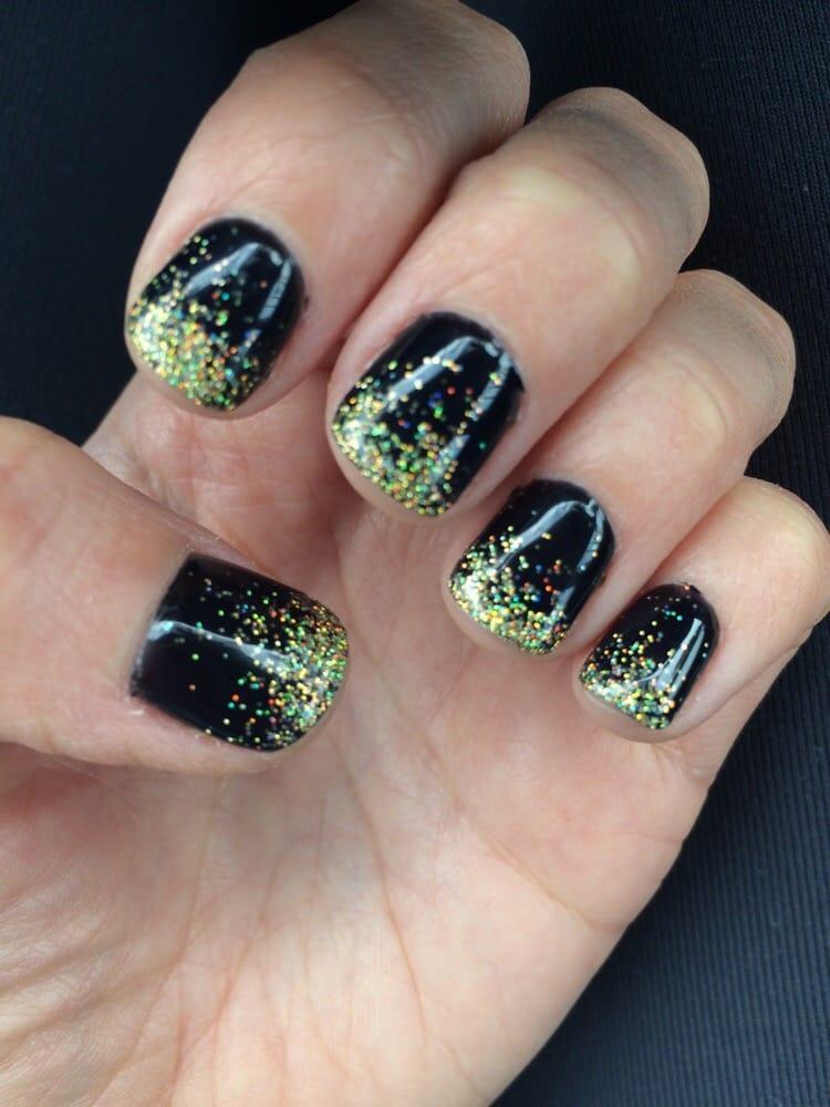Miami, FL, United States. Love my black and gold glitter shellac nails
