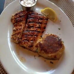 Lure fish house mahi mahi with a parmesan potato cake for Lure fish house ventura ca