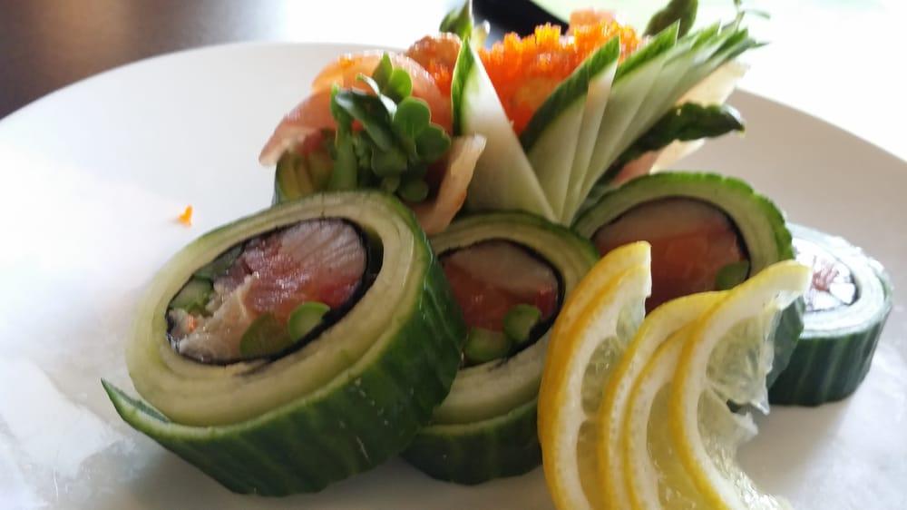 Blue fish sushi bar asian cuisine 68 photos sushi for Blue fish sushi menu