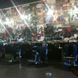 Floyds Barber Shop logo