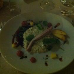 Rökt ris Bomba med kaninfile och grön…