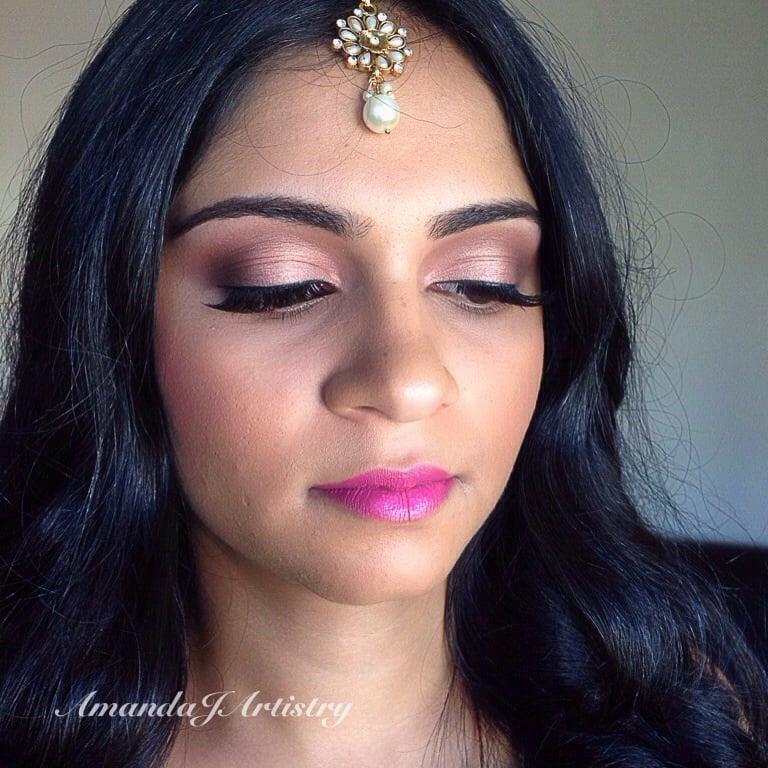 MAC, cosmetics, professionel makeup i verdensklasse MAC Cosmetics - Official Site