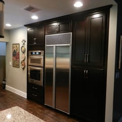 Superior kitchens interior design 3090 w 16th ave for Kitchen cabinets hialeah