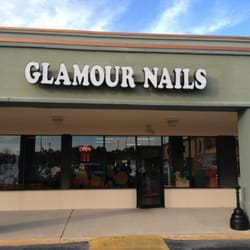 Glamour Nails - Charle...