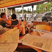 Chez Lili et Marcel - Paris, France. la terrasse